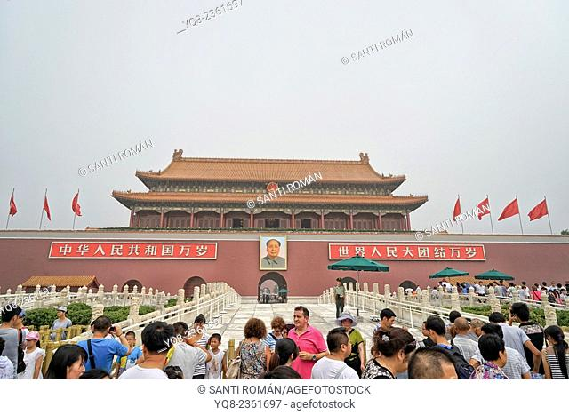 Gate of Heavenly Peace with Portrait of Mao Ze Dong, in Tiananmen Square, Beijing, China