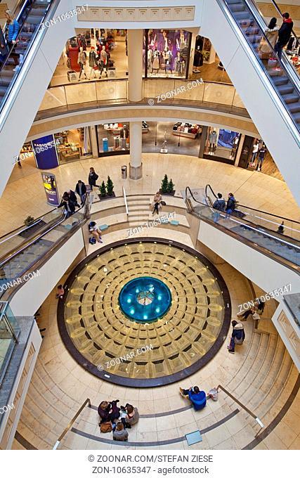 Das Center Limbecker Platz, das groesste innerstaedtischte Einkaufszentrum Deutschlands, Essen, Ruhrgebiet, Nordrhein-Westfalen, Deutschland, Europa