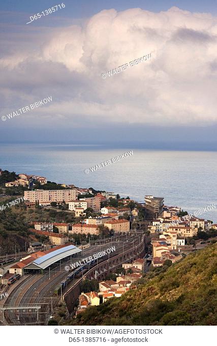 France, Languedoc-Roussillon, Pyrennes-Orientales Department, Vermillion Coast Area, Cerbere, border town overview