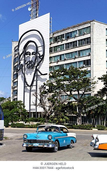 Cuba, Havana, Paseo de Marti, Placa de la Revolucion, Fidel Castro, Oldtimer