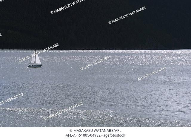 Yacht in Lakewater