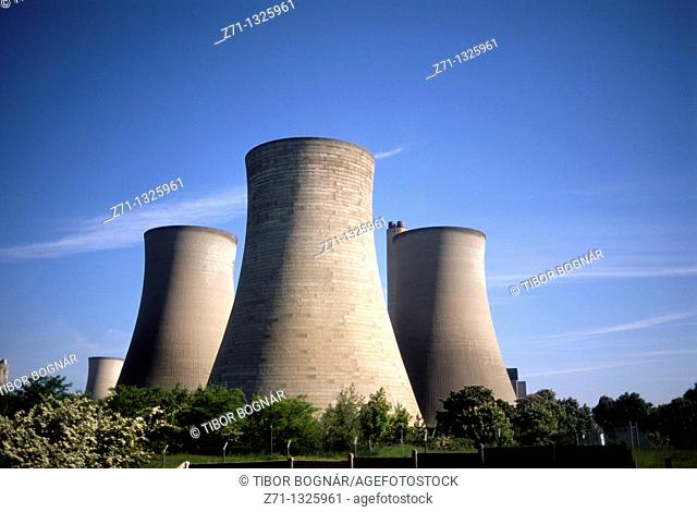 UK, Britain, England, near Oxford, power plant, cooling towers
