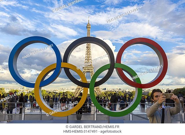 France, Paris, area listed as World Heritage by UNESCO, Trocadéro Square or Parvis of the Human Rights, symbol of the J.O to celebrate the 2024 Paris Olympics...
