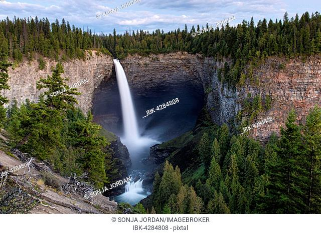 Helmcken Falls, waterfall, Wells Gray Provincial Park, Murtle River, British Columbia, Canada