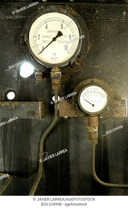 Detail of dials, steam locomotive at museum of railway history. Azpeitia. Guipúzcoa, Euskadi. Spain
