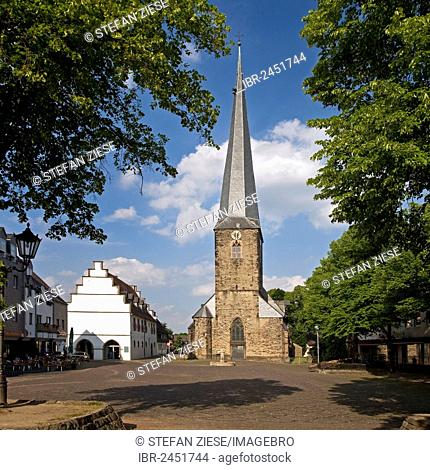 Old Town Hall with the St. Victor's Church in the marketplace, Schwerte, Ruhr area, North Rhine-Westphalia, Germany, Europe, PublicGround