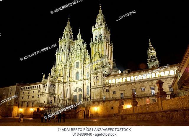 FACHADA PRINCIPAL CATEDRAL DE SANTIAGO DE COMPOSTELA PLAZA DEL OBRADOIROMain Facade Santiago de Compostela Cathedral Obradoiro Square
