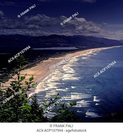 View of the sandy Beaches at Manzanita, coastal town on Highway 101, Oregon, USA
