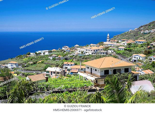 Portugal, Madeira island, south coast, Arco da Calheta