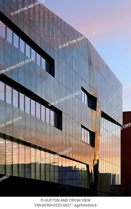 The new National Graphene Institute at the University of Manchester delivers a world-leading research and incubator centre which