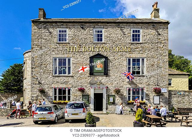 The Bolton Arms pub at Leyburn in the Yorkshire Dales in Yorkshire , England , Britain , Uk