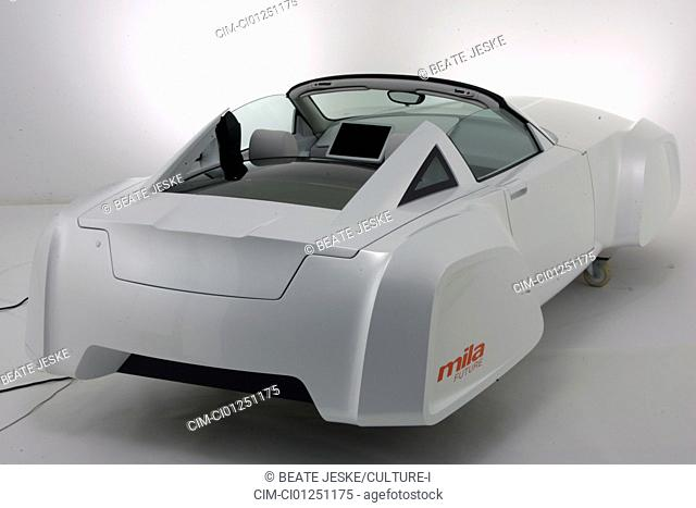 Mila future of Magna Steyr, model year 2007, white-silver, standing, upholding, Studio admission, Study, Concept-Car