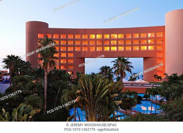 Contemporary Tropical Resort