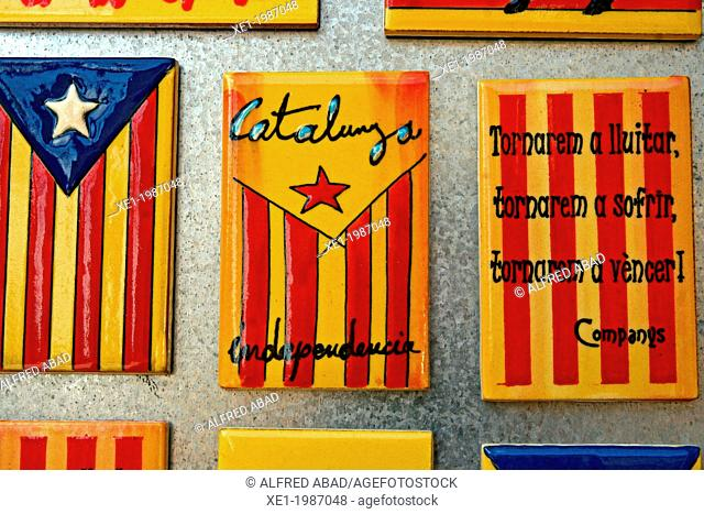 Ceramics magnets, flags of Catalunya