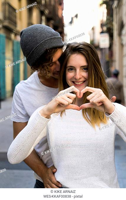 Happy young couple in love in the city