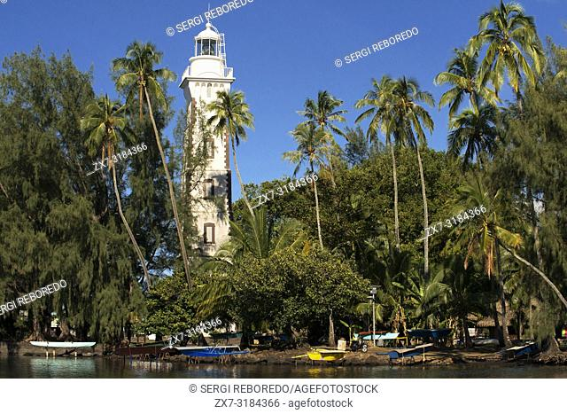 Venus Point Lighthouse (aka Pointe Venus), island of Tahiti, French Polynesia, Tahiti Nui, Society Islands, French Polynesia, South Pacific