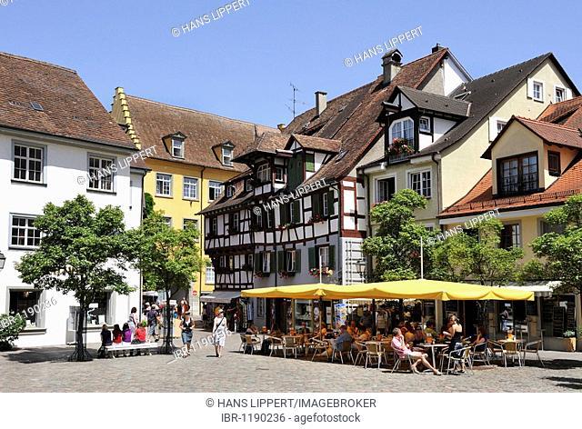 Schlossplatz castle square of Meersburg on Lake Constance, Baden-Wuerttemberg, Germany, Europe