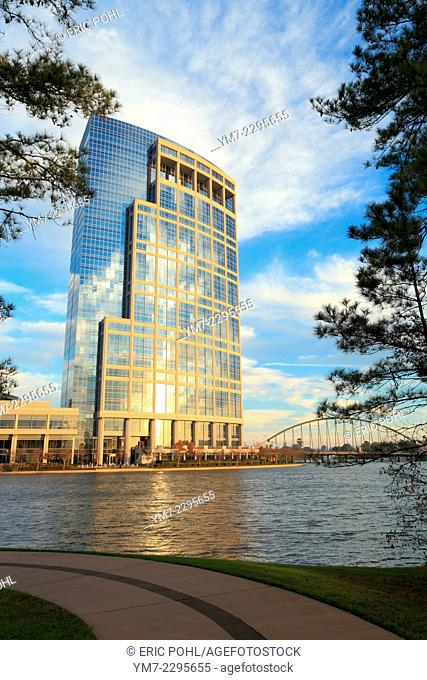 Anadarko Tower - The Woodlands, TX. The Anadarko Tower gracefully overlooks Lake Robbins in The Woodlands