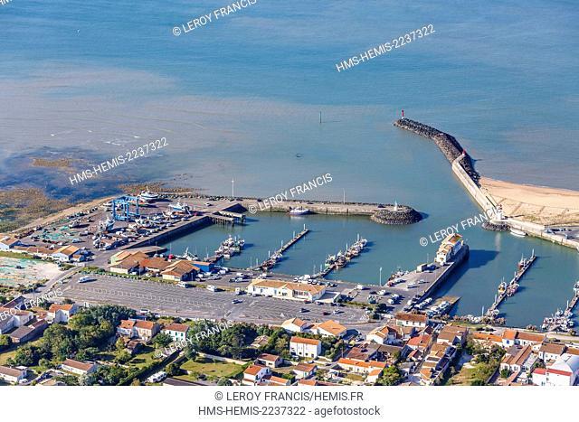 France, Charente Maritime, Saint Pierre d'Oleron, la Cotiniere fishing port (aerial view)