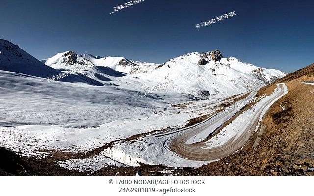 Panoramic mountain pass in Sichuan, Tibetan Himalayan mountains, in China