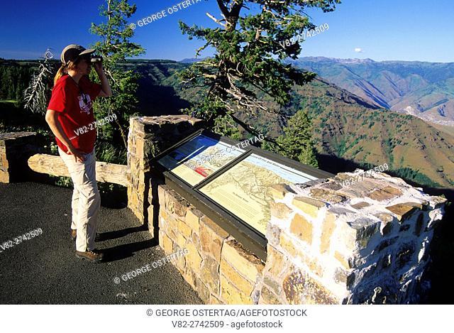 Hells Canyon Overlook interpretive board, Hells Canyon National Recreation Area, Oregon