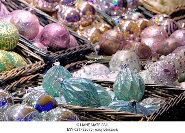Weihnachtsmarkt Christbaumkugeln 04