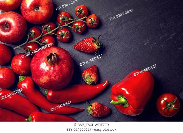 Red healphy vegetables and fruits