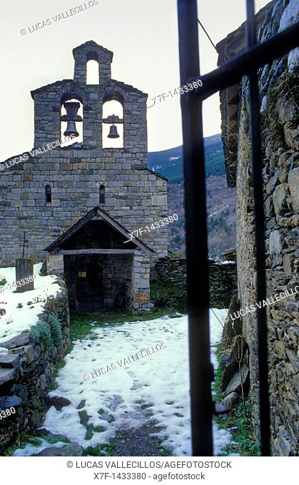 Santa Maria church Romanesque church Cardet Boí valley Lleida province  Catalonia  Spain