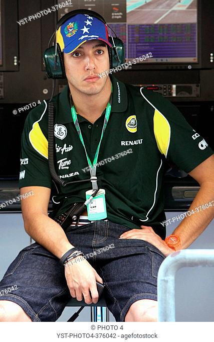 16.11.2011 Abu Dhabi, UEA, Rodolfo Gonzalez VEN, Team Lotus - Formula 1 Testing Rookie Test, day 2 - Formula 1 World Championship -