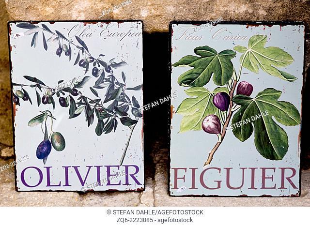 Sale of decorative Tiles in Les Beaux, Provemce, France