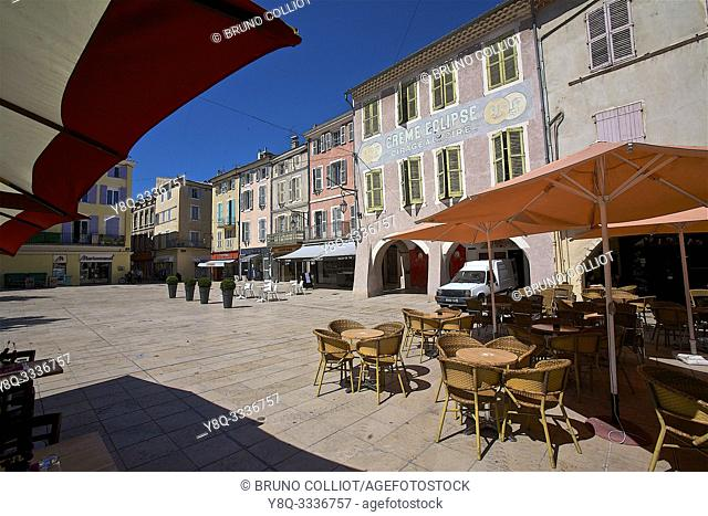 Montélimar and its old facades, heritage place wheat. the drome, france