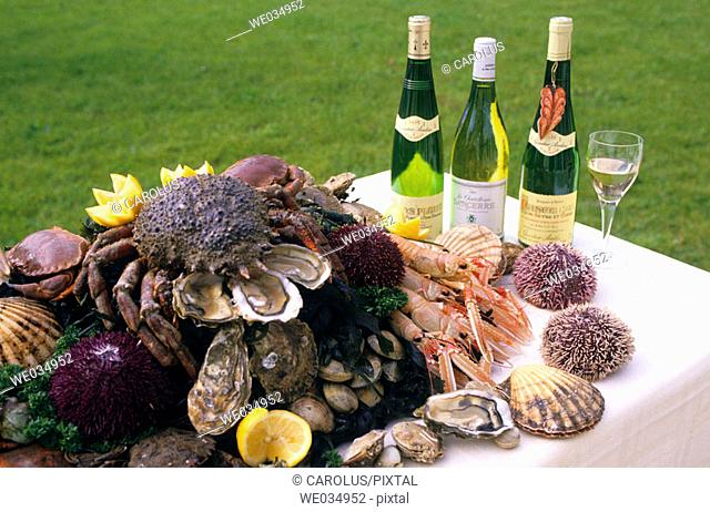 Seafood and Loire Valley wines (Gros Plant, Sancerre and Muscadet). France