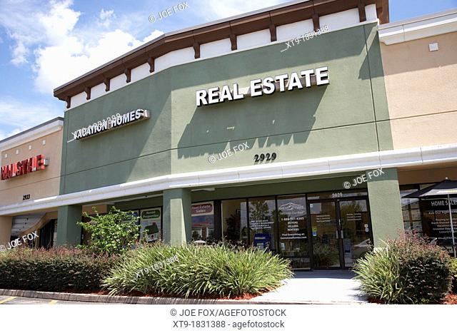 real estate and vacation homes offices in a strip mall in kissimmee florida usa