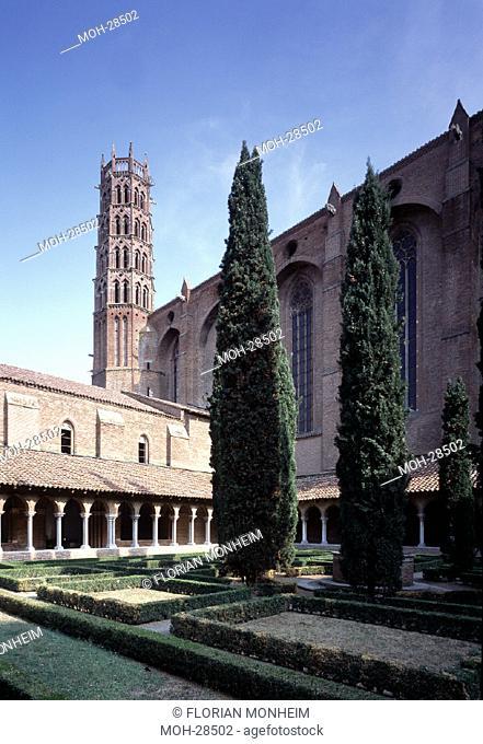 Toulouse, Dominikanerkirche '' Les Jacobins''/ Blick aus dem Kreuzgang auf Kirche und Glockenturm''