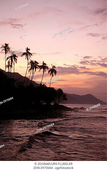 Suedamerika, Karibik, Venezuela, Nord, Choroni, National Park Hanri Pittier, Strand, Beach, Palmenstrand, Natur, Landschaft, Ferien, Idylle, Bucht, Meer, Abend