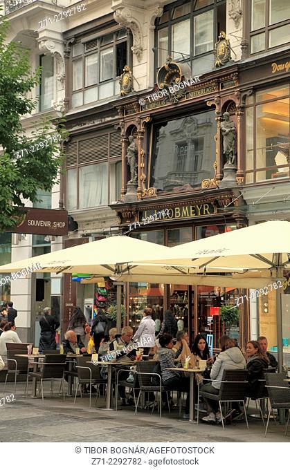 Austria, Vienna, Körntner Strasse, cafe, people