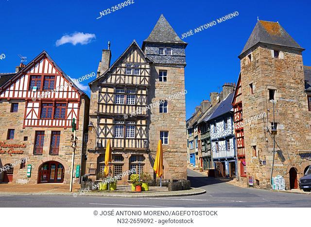 Treguier, Town Gate, Côtes d'Armor, Lannion District, Bretagne, Brittany. France