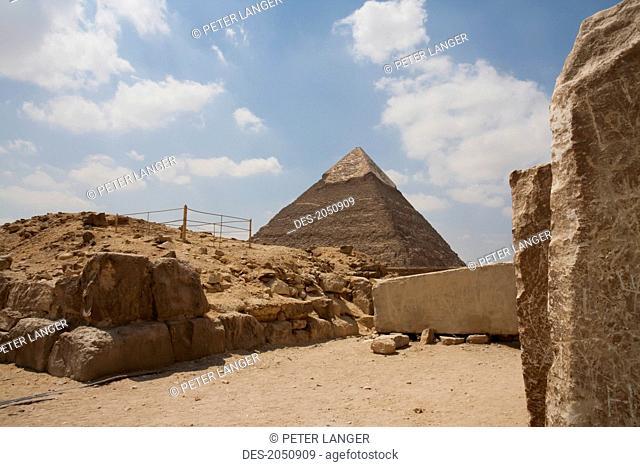 Valley Temple And Pyramid Of Khafre (Chephren), Giza, Al Jizah, Egypt