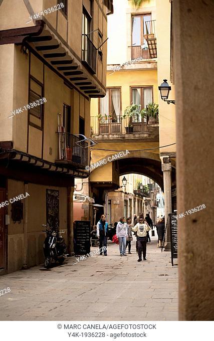 Europe, Spain, Barcelona near Santa Maria del Mar, carrer caputxes