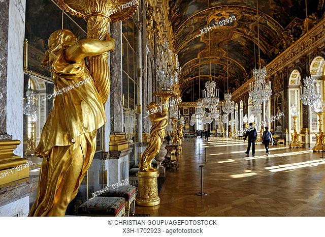 Hall of Mirrors of the Palace of Versailles, Yvelines departement, France, Europe