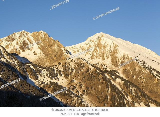 Roca Blanca and Lo Teso peaks at sunrise. Pyrenees. Catalonia. Spain