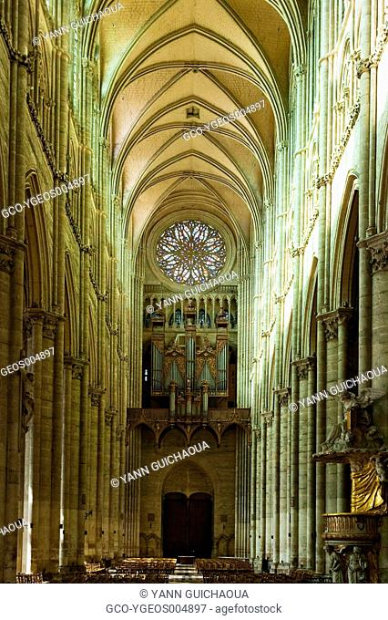 CATHEDRAL OF AMIENS, SOMME, PICARDY, FRANCE