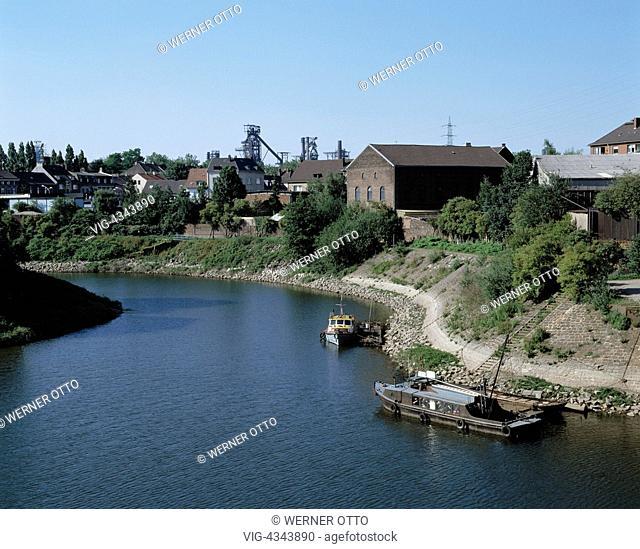 Germany, DUISBURG, DUISBURG-RUHRORT, D-Duisburg, Rhein, Ruhrgebiet, Nordrhein-Westfalen, D-Duisburg-Ruhrort, Werfthafen, Hochoefen Ruhrort, Hochofen D-Duisburg