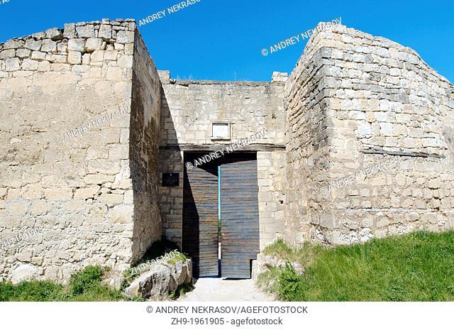 The main gate, Cufut Qale, Chufut-Kale Jewish Fortress Crimea, Ukraine, Eastern Europe