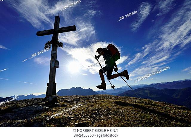 Hiker on the summit of Mount Fellhorn, Reit im Winkl, Chiemgau region, Upper Bavaria, Bavaria, Germany, Europe