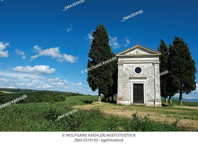 The Cappella di Vitaleta in the Val d'Orcia near Pienza in Tuscany, Italy