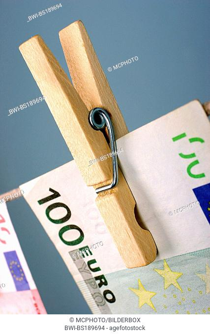 symbolic picture for money laundering, banknotes on a clothesline