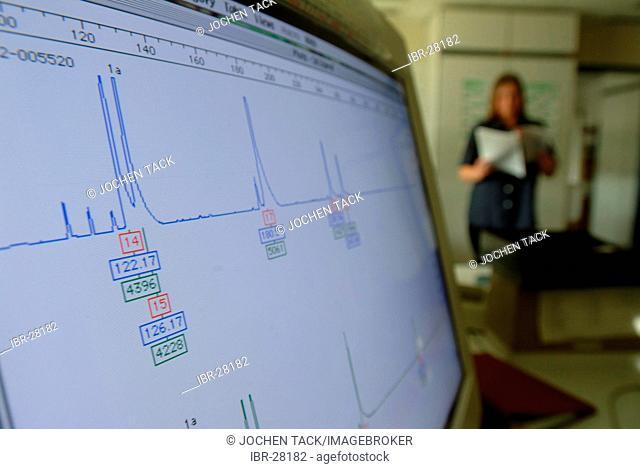 DEU, Germany, NRW: DNA analysis