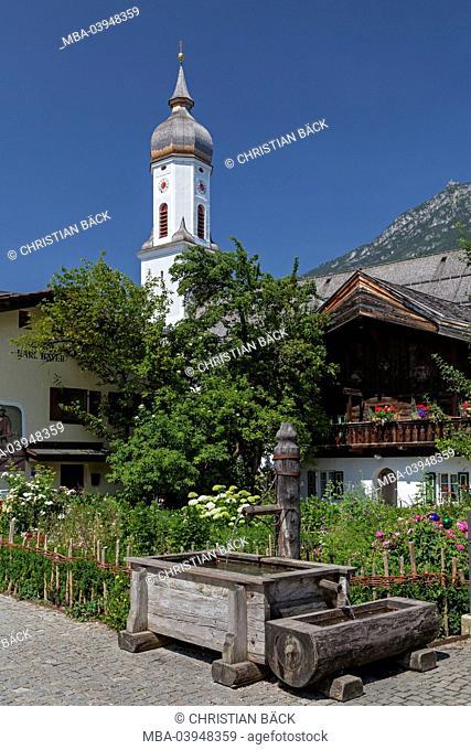 Parish church St. Martin on the Mohren square, Garmisch-Partenkirchen, Upper Bavaria, Bavarians, Germany