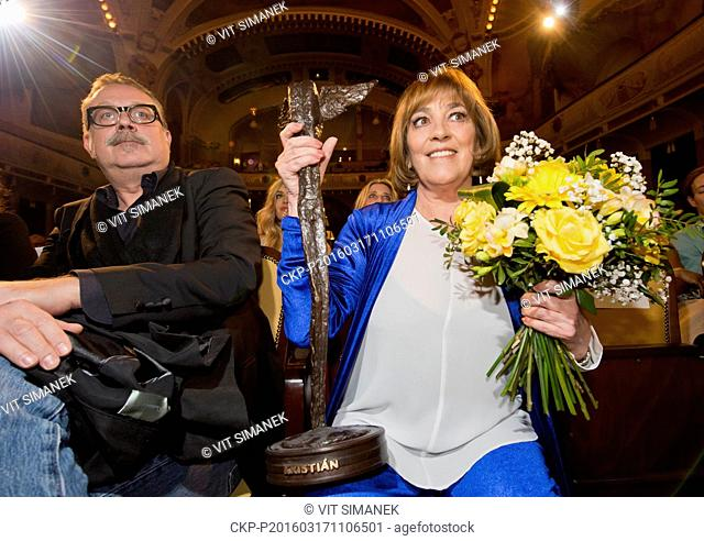 Spanish actress Carmen Maura (right) received the Kristian award for their artistic contribution to world cinematography at the opening of the 23rd Febiofest...